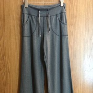 Lululemon Still Pants Size 4 Grey Very Soft